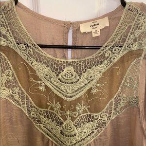 Anthropologie Tops - Anthropologie • Entro Tan w/Lace Detail Blouse (M)